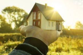 Makler für Grundstück